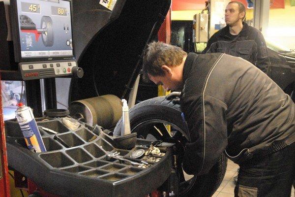 Vyváženie. Pri prezutí pneumatiky je mimoriadne dôležité.