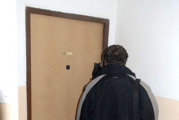 Tu sa to stalo. Za týmito dverami sa schyľovalo k tragédii.