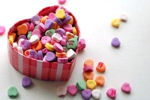 Originálne valentínske darčeky nakúpite v bratislavskom KC Dunaj aj na neďalekom Trhu vo dvore 66.