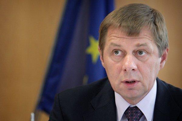Miroslav Mikulčík. Obvinený exriaditeľ DR.