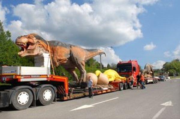 Tyranosaurus Rex. Najväčší exponát Dinoparku v košickej zoo.