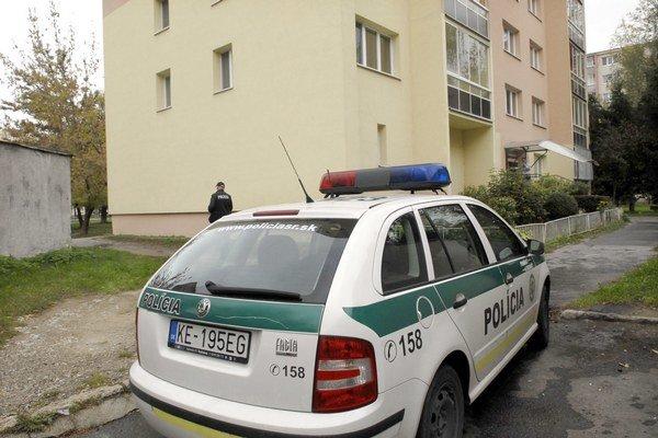 Po vlámačke. Polícia všetky byty neochráni, na miesto väčšinou prichádza po čine.