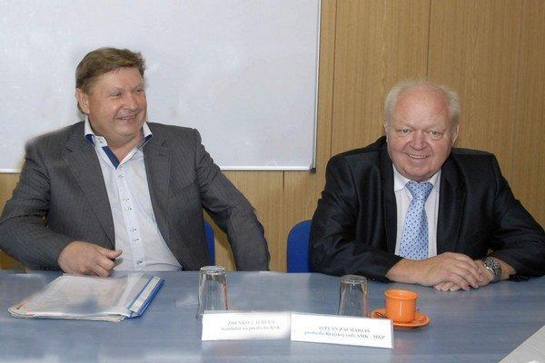 Z. Trebuľa a I. Zachariáš. Obaja odmietli obvinenia z politického obchodu.