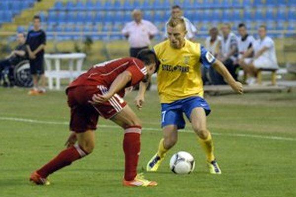 Prvý gól MFK v Turecku. Dal ho Gál-Andrezly (vpravo) z voleja.