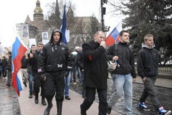 Protest. Na poriadok dohliadali v meste desiatky štátnych i mestských policajtov.