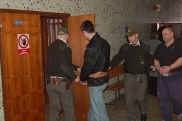 Peter a Ľudovít. Prvý na trest ešte čaká, druhý dostal 4 roky.