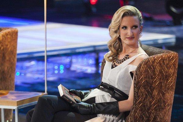 Adela Banášová v šatách od talentovanej mladej návrhárky Maji Božović.