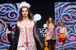 Počas podujatia Fashion LIVE! predstavili svoju tvorbu viacerí slovenskí módni návrhári.