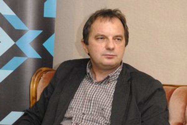 Riaditeľ neziskovky Košice 2013 Ján Sudzina. Teší sa, že deň bez umenia v Košiciach zrušia.