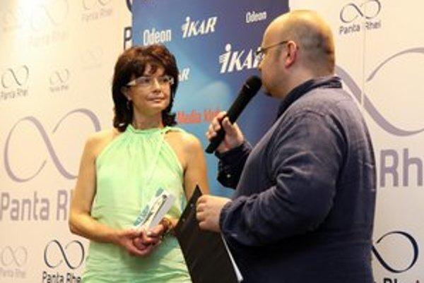 Silvia v rozhovore s Dadom.