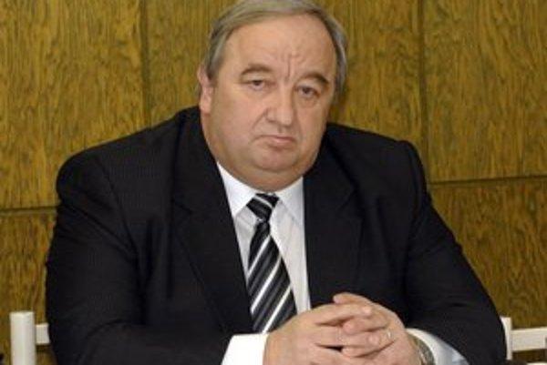 Imrich Volkai. Vo výberovom konaní na predsedu nemá  súpera