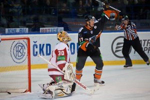 Ladislav Nagy. Vracia sa do švédskeho MoDo Hockey.