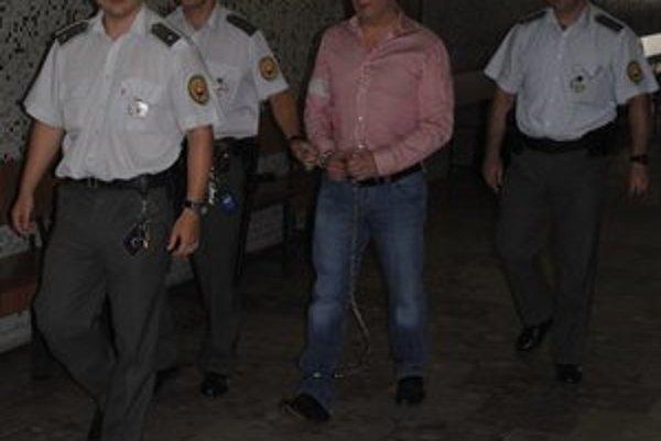 Má ísť do väzenia na 25 rokov. Na konečný verdikt si Turek musí ešte počkať.