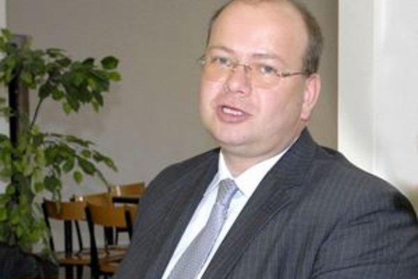 Dušan Slezák tvrdil, že odstupné riešila externá právnička.