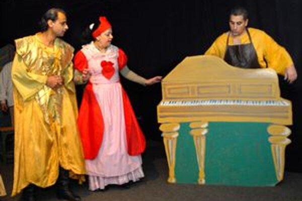 Namiesto sladkostí rozprávočka. Deti poteší Romathan na Mikuláša premiérou.