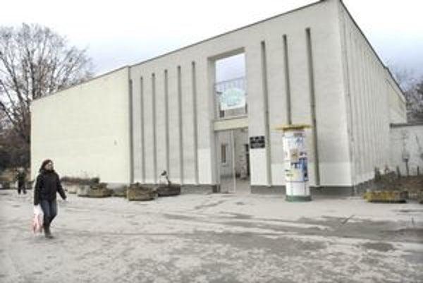 Átrium klub. Kultúrno-spoločenské centrum mestskej časti sa po rokoch vráti na úrad.