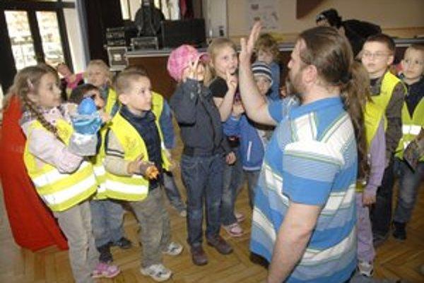 Divadelný workshop. Mal u detí veľký úspech.