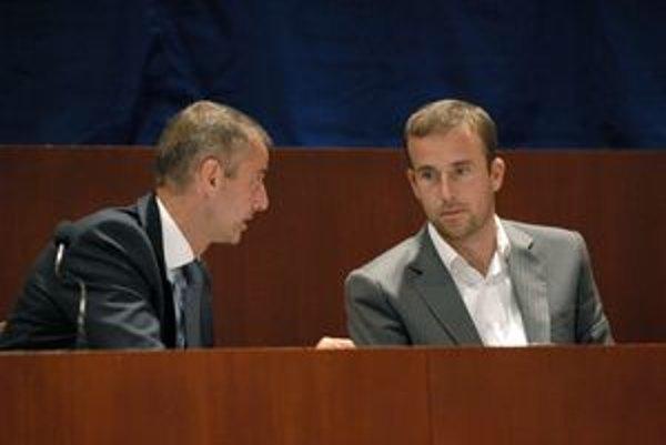 Radní včera poslancov len informovali. Riešenie, čo s MFK, má padnúť v septembri.