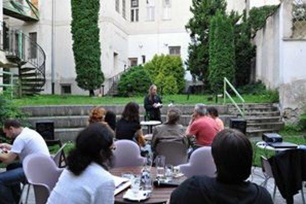 Takto návštevníci festivalu počúvali J. H. Krchovského.