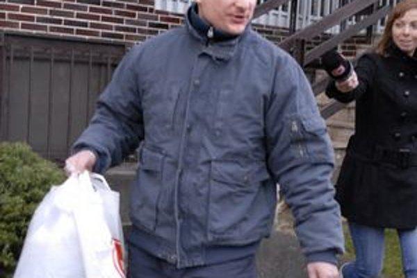 December 2009. Bývalý legionár ide na slobodu. Dnes je vo väzbe znova.