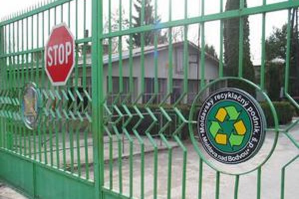 V Moldavskom recyklačnom podniku sú opäť problémy s výplatami.