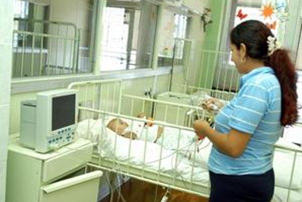 Pôrodnice. Ročne sa tu rodia desiatky bábätiek mamičkám, ktoré nedovŕšili osemnásť rokov.