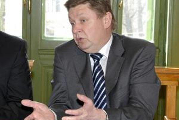 Exprimátor Zdenko Trebuľa hovorí, že dohoda so správcom Devín banky bola pre mesto nielen najvýhodnejšou, ale aj jedinou možnosťou.