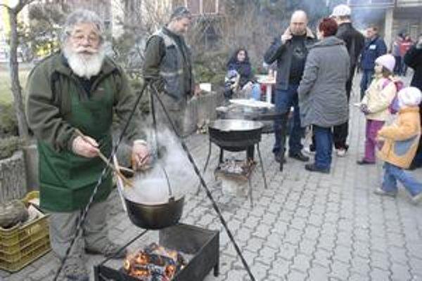Ján. Šupináčov loví už takmer polstoročie.