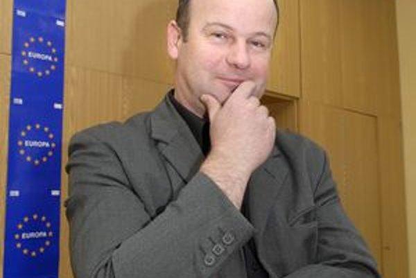 Jozef Marko. Exzástupca starostu z SNS, exposlanec za KDH a šéfhovorca primátora zo Smeru.