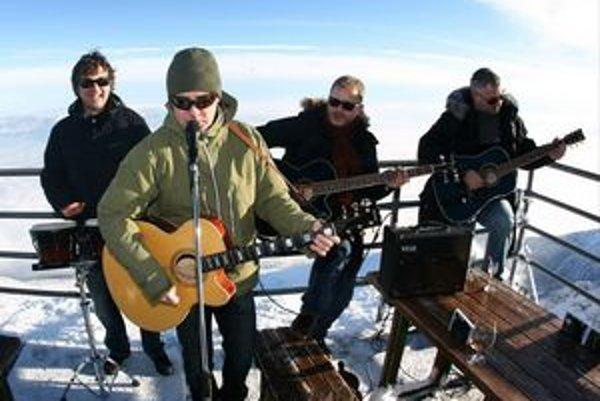 Pri krste albumu si zahrali na Lomnickom štíte.