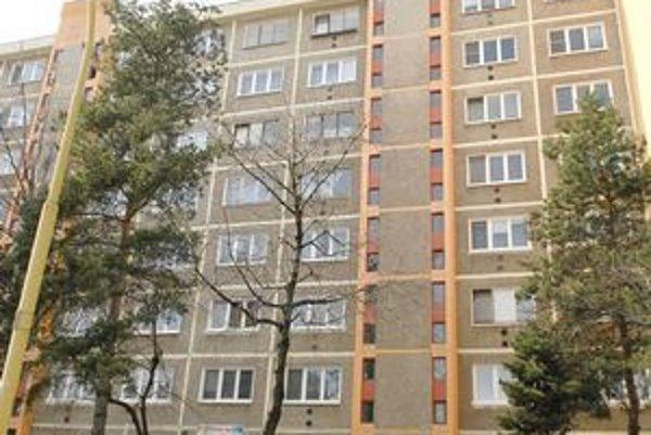 Viacerí košickí poslanci národnej rady bývajú aj v panelákových bytoch.