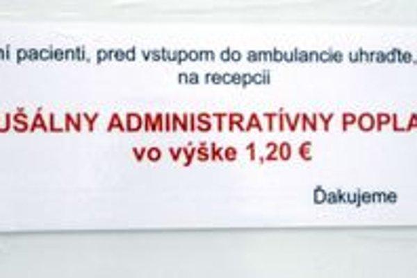 Oznam. Visí na dverách každej ambulancie.