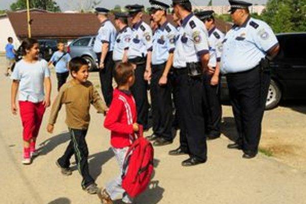 Na Luniku IX bude slúžiť osem policajtov s veliteľom.