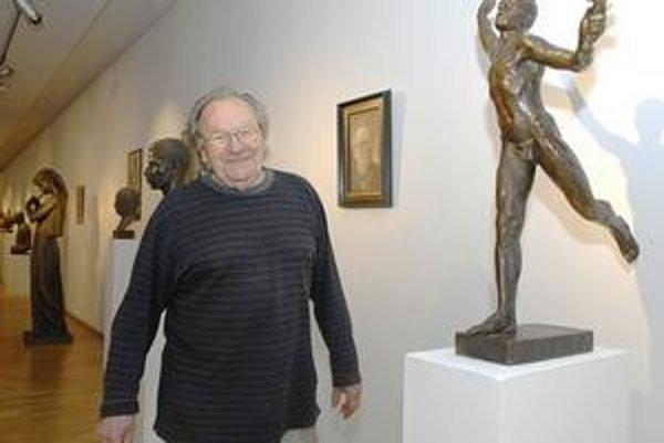 Jubilant Arpád Račko verí, že sa výstava jeho diel verejnosti bude páčiť.