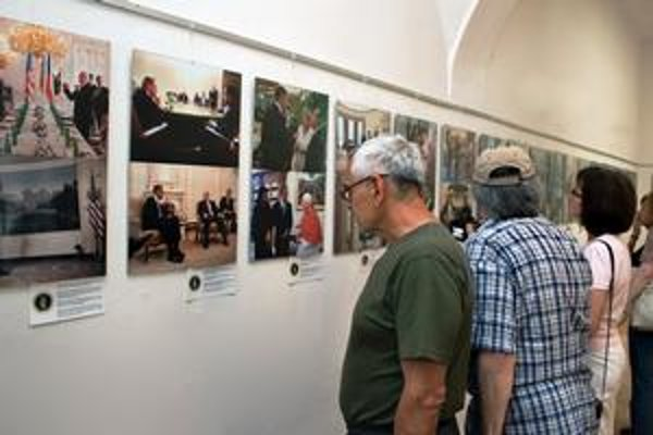 Obama v centre záujmu. Pete Souza ho zvečnil v práci i pri odpočinku.