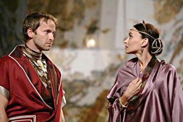 Antonius a Kleopatra. Antický príbeh rozohrajú v Košiciach známi slovenskí herci.