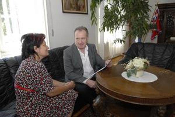Oto Sabo. Šéf prezidentskej kancelárie sa snaží pomôcť vyriešiť problém tejto Košičanky.