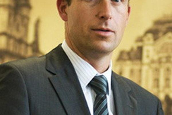 Poslanec Ladislav Lazár.