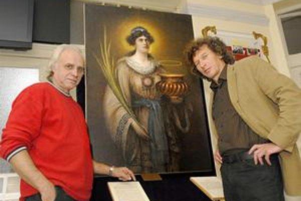 Vzácne dielo. Ivan Havlice (vľavo) sa netají, že mu pomoc Tomáša Sabola (vpravo) urobila radosť.