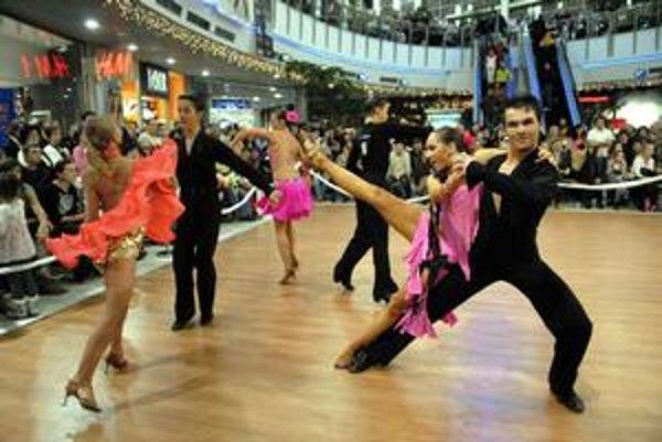 Medzinárodná súťaž v netypickom priestore. Obdivovať talent tanečníkov môžete úplne zadarmo.