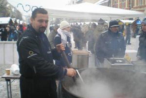 Kuchár Ľudovít Furies. Aj vďaka jeho umeniu kapustnica Košičanom chutila.