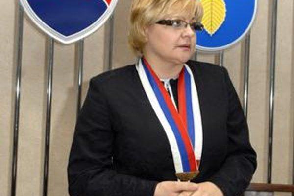 Nová starostka. Iveta Kijevská (SDKÚ) nahradila Daniela Rusnáka (KDH).