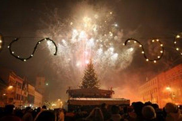 Košice po polnoci rozžiaril novoročný ohňostroj.