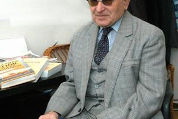 Profesorovi Ondrej Halaga sa v plnom zdraví dožil 92 rokov.