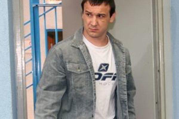 Okoličánymu sa končí väzba 30. apríla. Po rozhodnutí Najvyššieho súdu má blízko na slobodu.