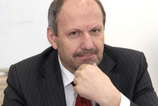 František Knapík.