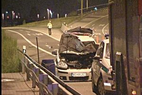 Nehoda na Sečovskej. Vo veľkej rýchlosti nezvládli riadenie, obaja sa budú liečiť dlho zo zranení.