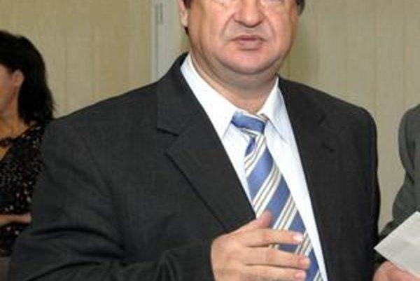 Jozef Drábik. Jeho politickej kariére je zrejme koniec. Dobehla ho minulosť.