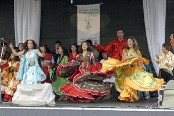 Skvelá zábava. Európsky festival kultúry národov a národností ju ponúkne i tento rok.