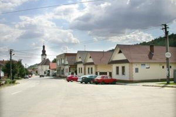 Rušno v Myslave. Obyvateľov košickej mestskej časti poplietol miestny rozhlas, že k nim prídu pracovníci elektrární, preto viacerí aj nevedomky podpísali prechod ku konkurenčnej firme.